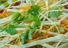 Kohlsalat mit Karotten und Kopfsalaten Lizenzfreie Stockfotografie