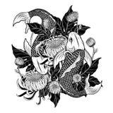 Koi鱼和用手画菊花的纹身花刺 免版税库存照片
