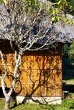 Koja för bambu för Eco turismsemesterort Royaltyfri Foto