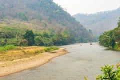 Kok rzeka w Taton terenie, Mae Ai okręg, Chiang Mai, Tajlandia Zdjęcie Stock