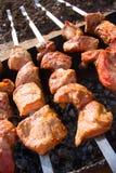 Kok shashlik van vlees stock foto's