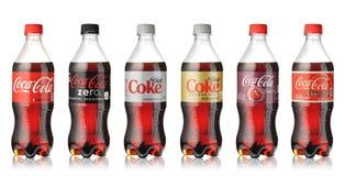 koka-kola butelki ustawiać obraz stock