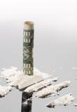 Kokain und 10 Dollar Anmerkung Stockfoto