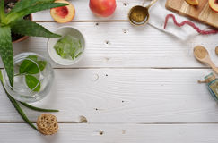 Kokende schoonheidsmiddelen, aloë, perzik, amarant Stock Foto
