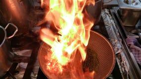 Kokende vlampan stock afbeelding