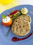 Koki Onion Stuffed-paratha Stock Foto's