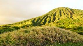 Koko Head Oahu Hawaii Maunalua Bay. Koko Head is the headland that defines the eastern side of Maunalua Bay along the southeastern side of the Island of Oʻahu stock footage
