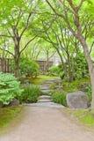Kokoen道路在姬路城堡,日本附近从事园艺 库存图片