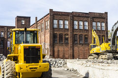 Kokomo -大约2016年10月:前汽车仓库爆破 老铁锈传送带工厂做新建工程的II方式 免版税库存照片
