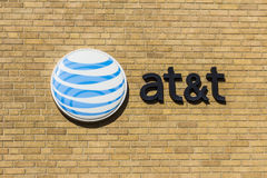 Kokomo - cerca do novembro de 2016: Logotipo e signage incorporados de AT&T sede do centro XIV Foto de Stock