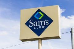Kokomo - cerca do outubro de 2016: logotipo e Signage do armazém do clube do am Sam's Club é uma corrente da sociedade armazena s Fotografia de Stock Royalty Free