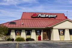 Kokomo - cerca do outubro de 2016: Restaurante ocasional rápido de Pizza Hut Pizza Hut é uma subsidiária de YUM! Tipos mim imagem de stock royalty free