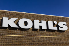 Kokomo - circa im November 2016: Kohl-` s Einzelhandels-Geschäftsstandort Kohl-` s lässt über 1.100 Diskontern VI laufen Stockbild
