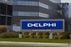 Kokomo - circa noviembre de 2015: Edificio del adaptador de canal a canal de Delphi Automotive Delphi es un proveedor global prin fotografía de archivo libre de regalías