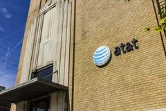 Kokomo - Circa Oktober 2016: Het Hoofdkantoor van de binnenstad van AT&T AT&T biedt IPTV, nu VoIP, Celtelefoons en DirecTV XIII a Stock Fotografie