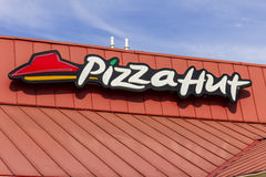 Kokomo - Circa Oktober 2016: Het Snelle Toevallige Restaurant van Pizza Hut Pizza Hut is een dochteronderneming van YUM! Merken I Royalty-vrije Stock Foto's