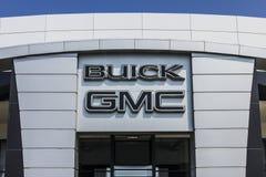Kokomo - Circa September 2017: De Vrachtwagen van GMC en Buick-en SUV-het handel drijven GMC en Buick zijn afdelingen van GM III Royalty-vrije Stock Foto