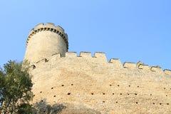 Kokorin城堡墙壁和塔  免版税库存照片