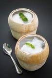 Kokosnötagar, asiatisk efterrätt Arkivfoto