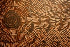 Kokosnöten beskjuter väggen. Royaltyfri Bild
