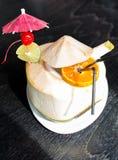Kokosnötvatten Arkivbild