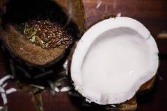 Kokosnoot en lijnzaad Royalty-vrije Stock Fotografie