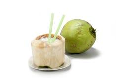 Kokosnoot met witte achtergrond Stock Foto
