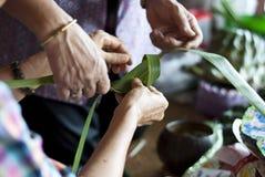 Kokosnotenblad het weven Stock Afbeelding