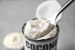 Kokosnotenroom in lepel royalty-vrije stock afbeelding