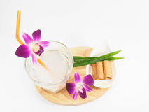 Kokosnotensap en Thais wafeltje royalty-vrije stock afbeelding