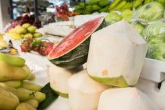 Kokosnuss für Sale Lizenzfreies Stockbild