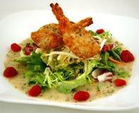 Kokosnuss-Garnele-Salat stockbild