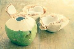 Kokosnuss-Wasser-Getränk Stockfotografie