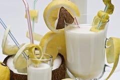 Kokosnusscocktails. Stockbild