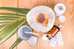 Kokosowe sok pomoce obniżają ciśnienie krwi, cukrzyk, metabolizm, zdjęcia royalty free