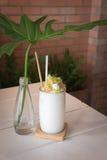 Kokosowy sok nakrywa Bawełnianego cukierek obraz stock