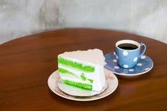 kokosowy tort i kawa Zdjęcia Royalty Free