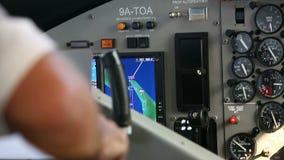 Kokpit inside Ręka pilotów bieg gadżety hydroplan zdjęcie wideo