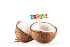 Koks na białym tle Roztrzaskany kokosowy zbliżenie Numer jeden inskrypcji przyjęcie obraz stock