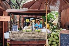 Koks wody sklep w Bangkok, Tajlandia fotografia royalty free