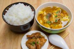 Kokt kokt ägg, kinesisk mat, curry, ägg Royaltyfri Bild