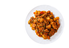 Kokt kött med grönsaker i en platta Top beskådar royaltyfria foton