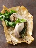 Kokt nötkötttunga med örter Arkivfoto