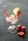 Koktajl robić od truskawek i rozmarynowych kostek lodu w szkło Obraz Royalty Free