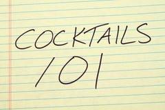 Koktajle 101 Na Żółtym Legalnym ochraniaczu Fotografia Royalty Free