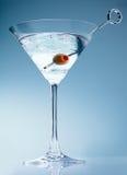 koktajlu Martini oliwka trząść Zdjęcie Royalty Free