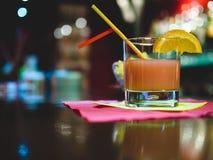 Koktajlu napój przy barem Zdjęcie Stock