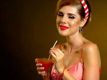 Koktajlu ubiór dla kobiet dla galanteryjnych wydarzeń bawi się obraz stock
