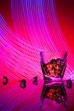 Koktajlu whisky szkło z kawałka lodem Obraz Royalty Free