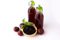Kokum Sharbat, succo o sorbetto O bevanda del liquido refrigerante dell'estate ha composto di Garcinia indica immagine stock